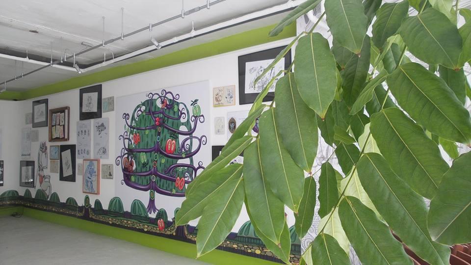 """Выставка иллюстраций к книге """"Der Apfelbaum"""" в галерее """"green-T-room"""", Гамбург, Германия"""