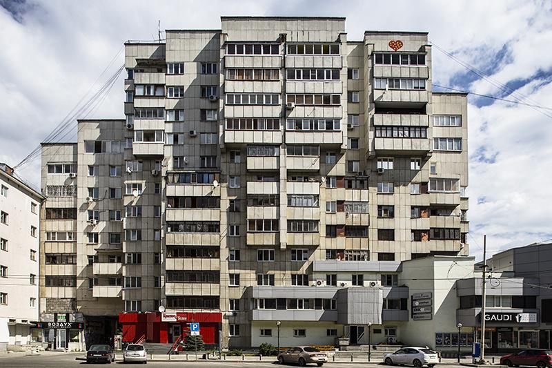 Residential building by Vladimir Permjakov (1983) © Roberto Conte