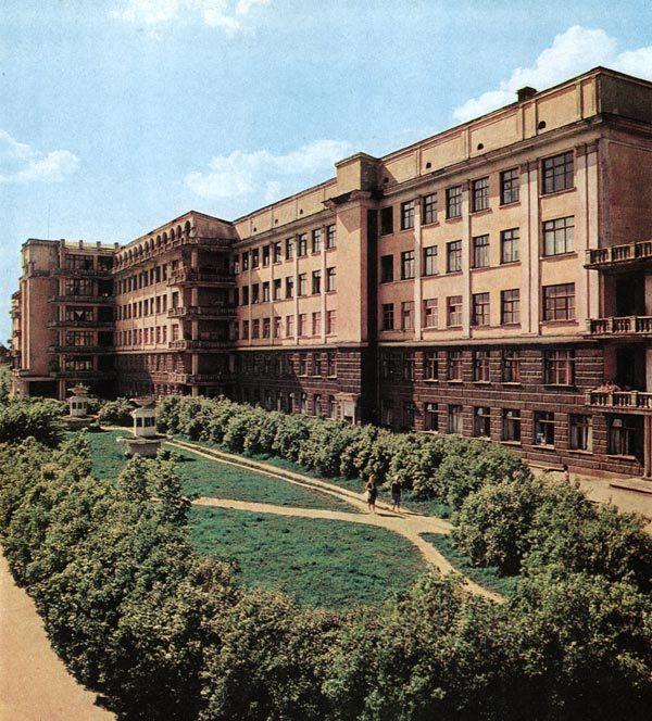 Больница в центре города иркутск