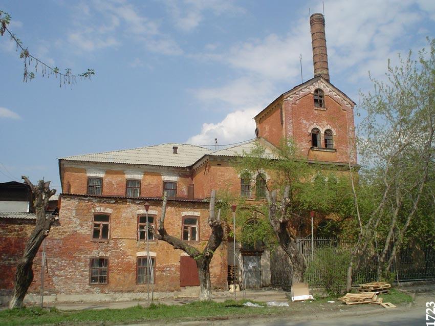 Производственный корпус винокуренного завода в 2005 году