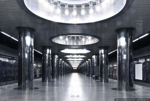 """Метрополитен Екатеринбурга. Станция """"Проспект Космонавтов"""""""