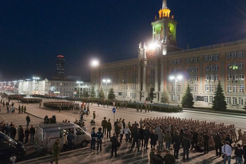 Ночные репетиции парада ко дню Победы