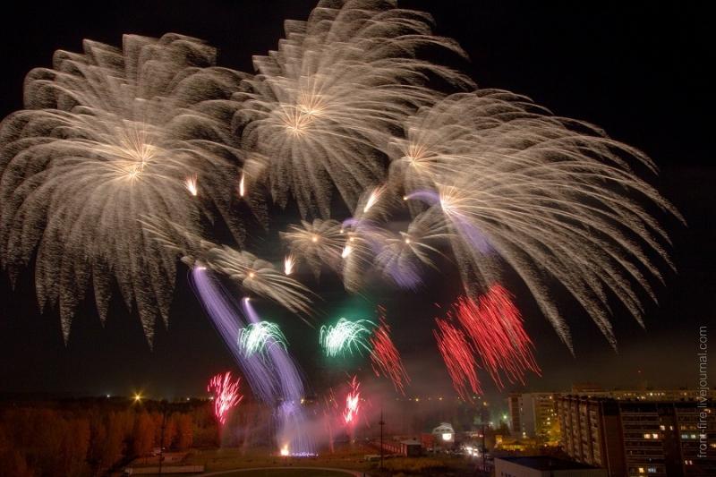 Международный фестиваль фейерверков в Березовском