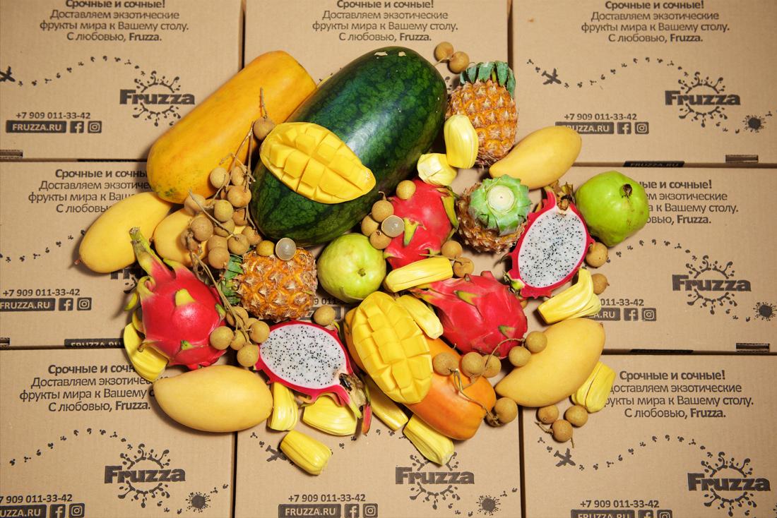 Сочные тропические фрукты