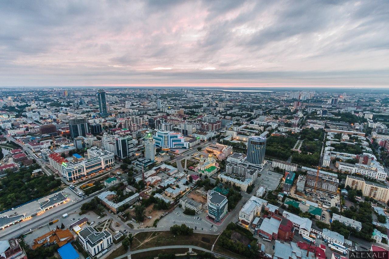 Вид с вершины заброшенной телебашни. Фото Алексея Зарецкого