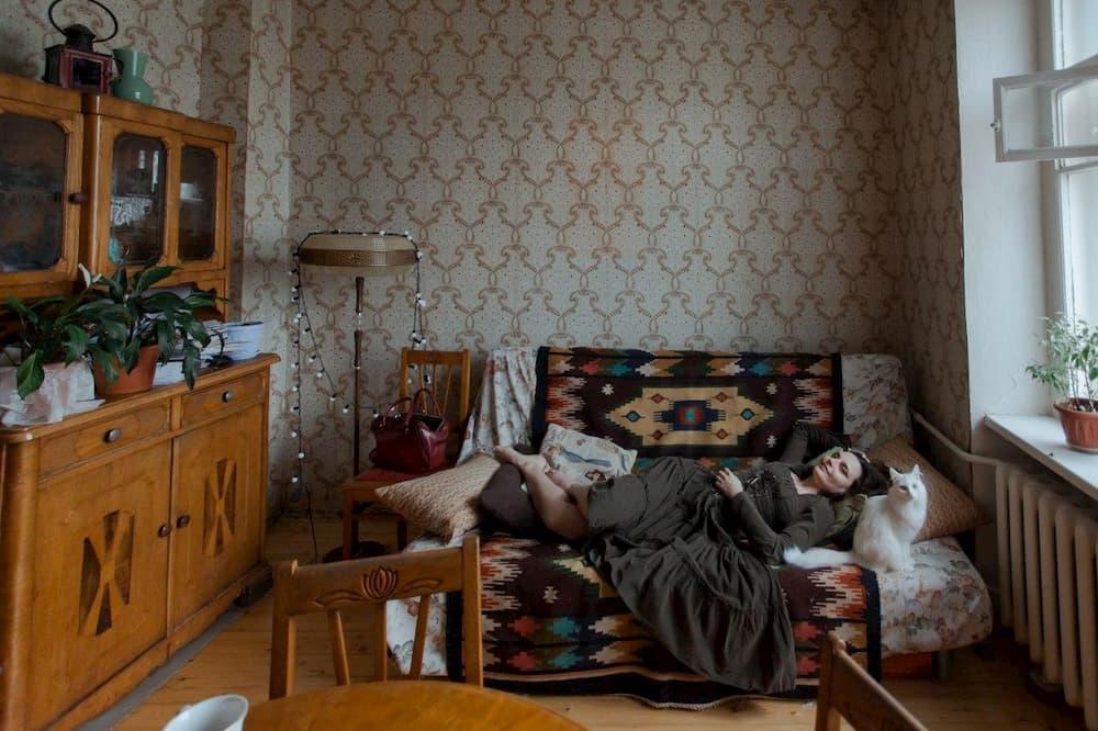Уральская студия подкастов «Послушайте!» запускает шоу о покупке квартир