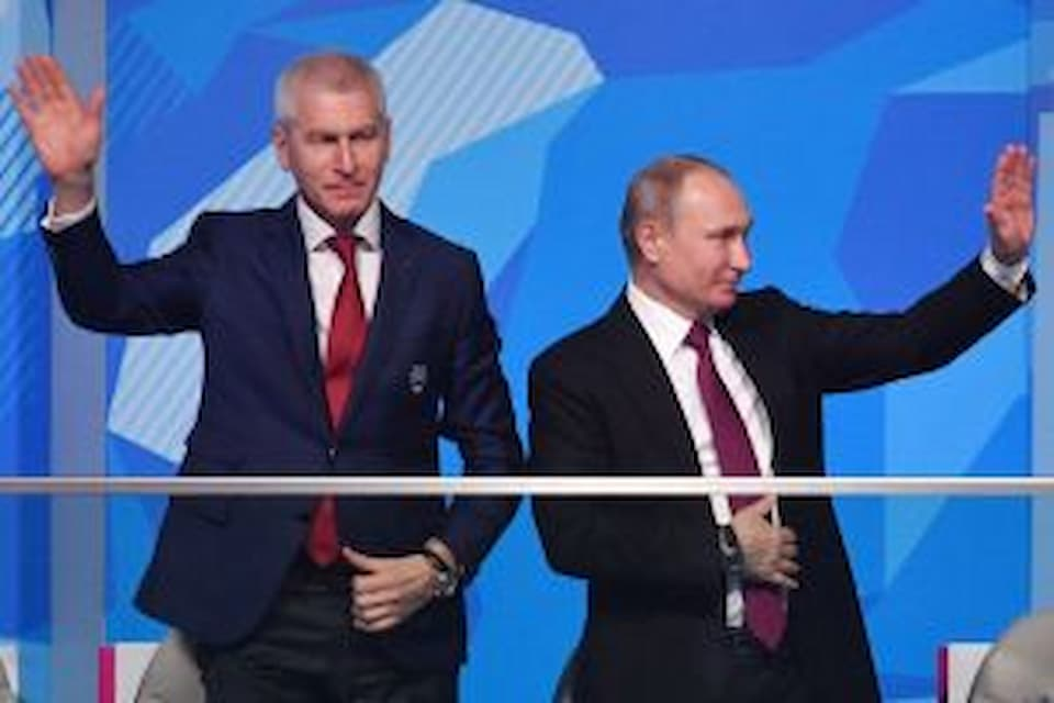 Матыцин: К 2024 году все образовательные учреждения РФ будут обеспечены спортивными клубами