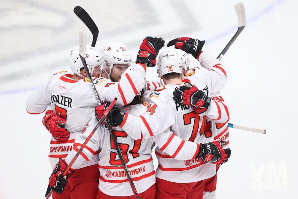 «Автомобилист» включен в тройку фаворитов КХЛ